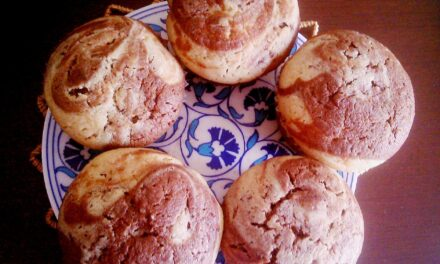 Can we ever beat Classic Vanilla and Chocolate? The wholewheat heavenly marbled muffins…