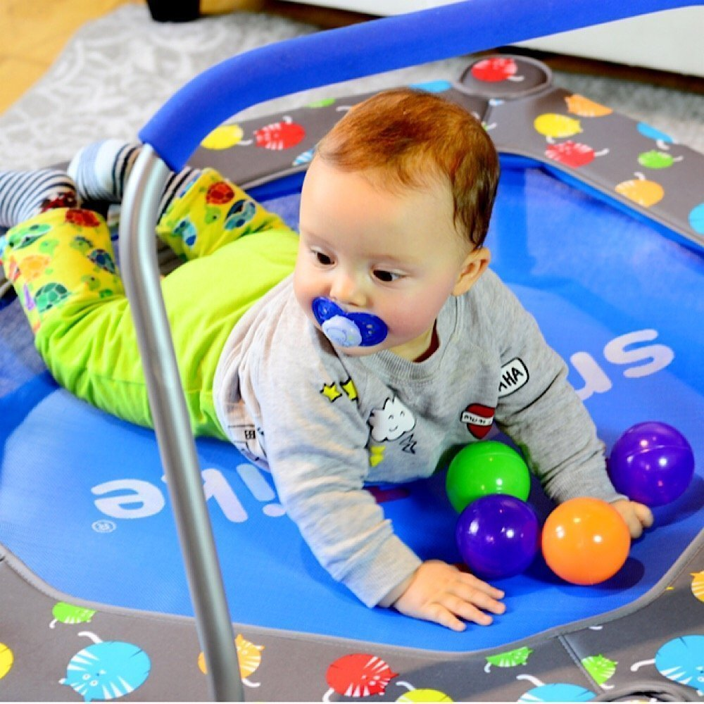 '3-in-1 Activity Center Trampoline/Ball-Pit' by smarTrike